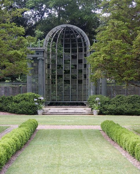 Old Westbury Gardens Rose Garden: Nassau County Sculpture Garden