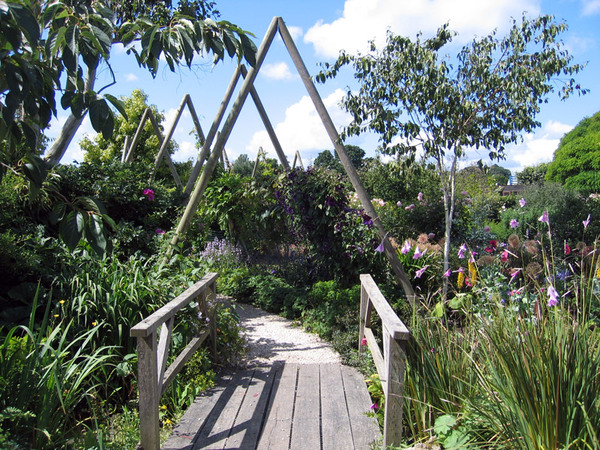 Merriments Gardens, Hurst Green