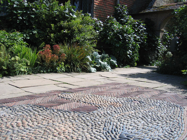Cobbles at Great Dixter