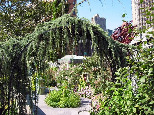 Enid A Haupt Glass Garden, New York