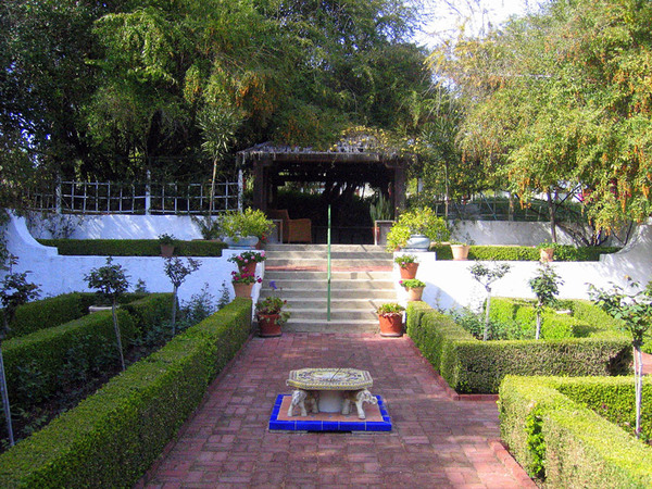 Rancho Los Alamitos Garden, California