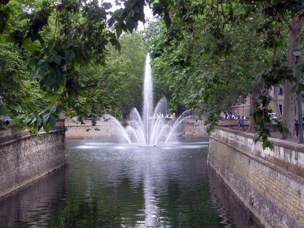 Jardin de la Fontaine, Nimes