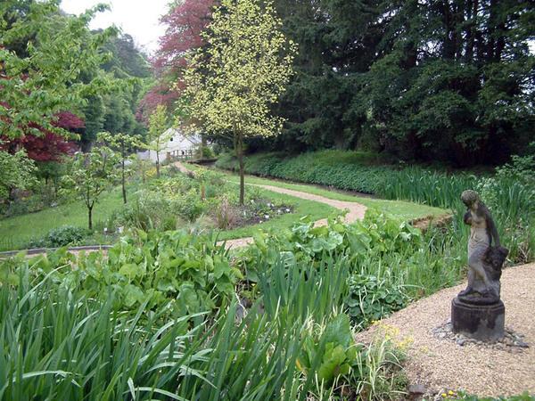 Cascades Gardens