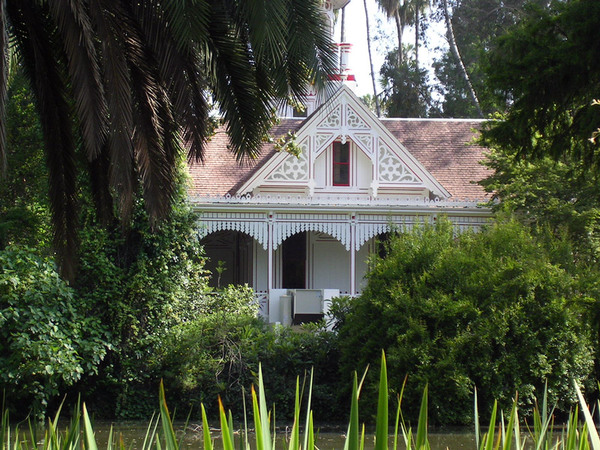 Queen Anne Cottage, Los Angeles County Arboretum & Botanic Garden