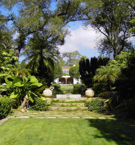 Casa del Herrero, California