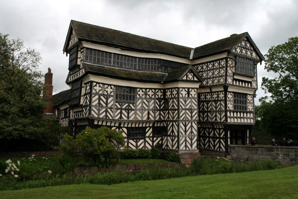 Little Moreton Hall, July 2008
