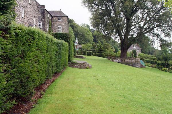 Plas Brondanw Gardens, 2008
