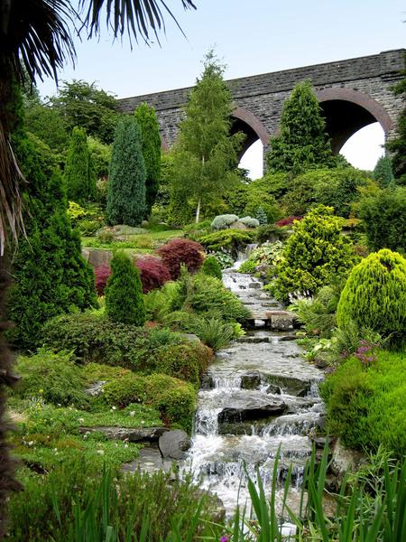 Kilver Court Gardens, Somerset