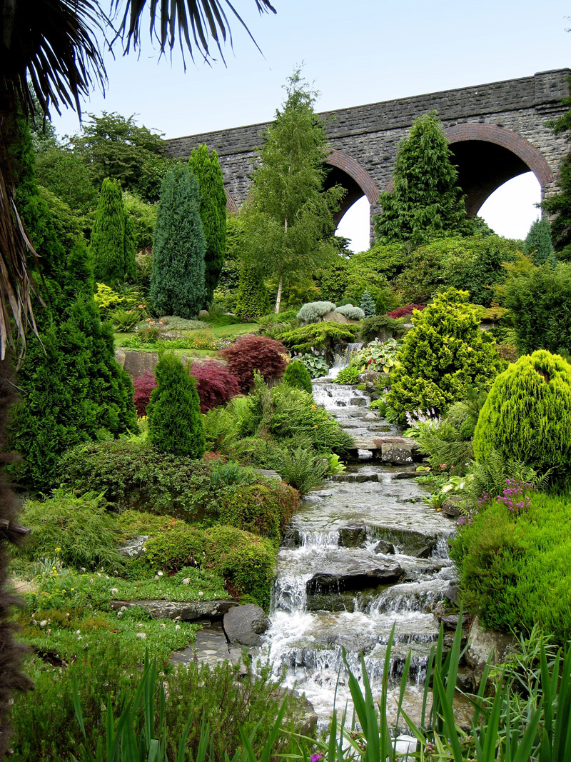 Kilver court gardens for Garden landscape photos