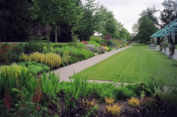 Fleetwood Gardens, Surrey