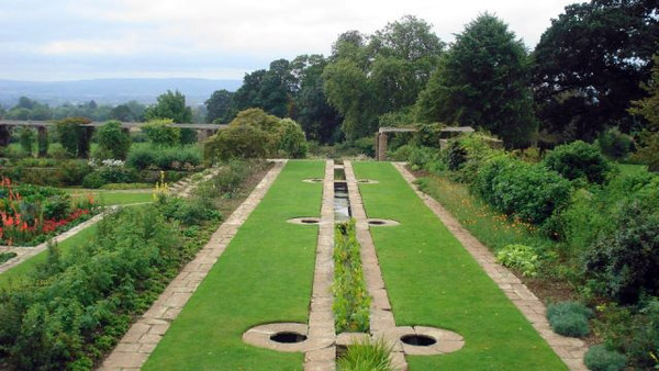 Channel, Hestercombe House Gardens