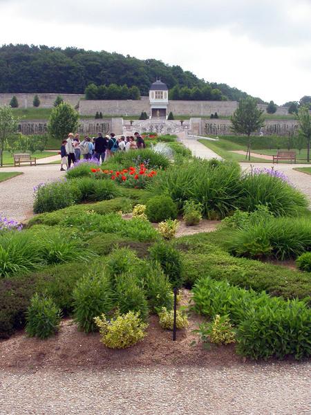 St Martin de Boscherville Abbey Gardens, 2004