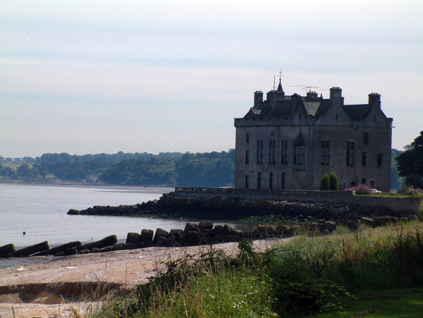 Barnbougle Castle on the Dalmeny Estate