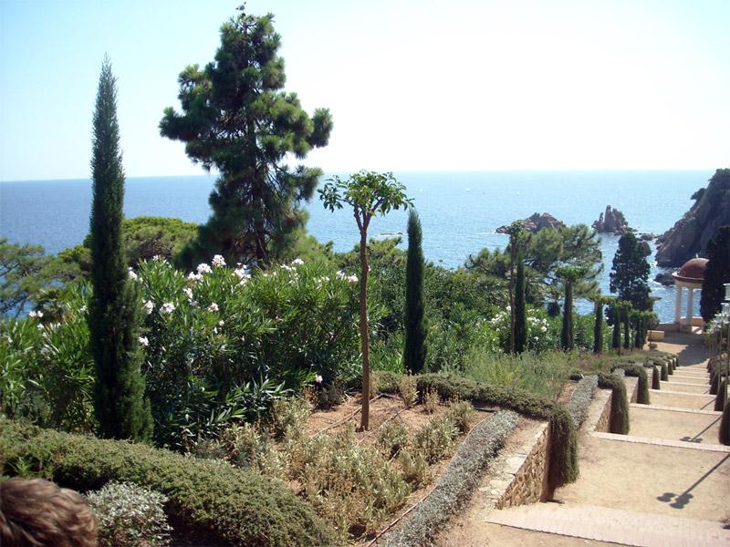 Marimurtra garden for Botanic com jardin