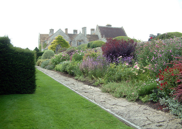 Lytes Cary Manor Garden