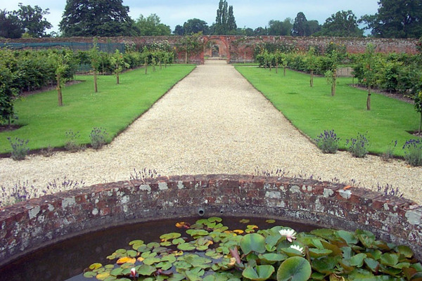 Stratfield Saye Garden, Hampshire