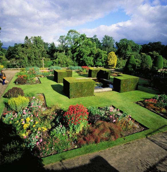 Crathes Castle Garden, Aberdeenshire