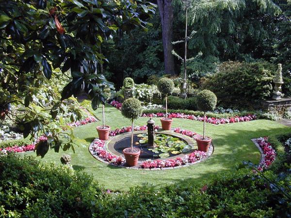 Circle Garden, Meadowbrook Farm