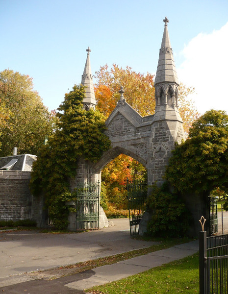 Gates, Mount Royal Cemetery