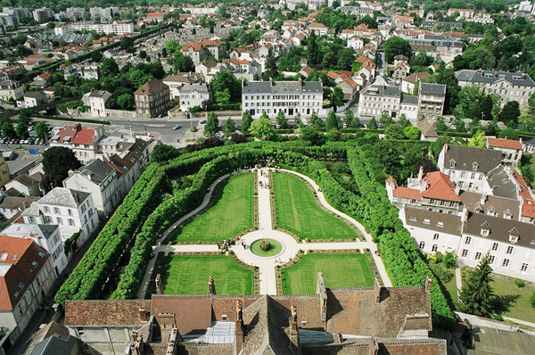 Aerial View of Jardin Bossuet