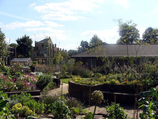 King Henry's Walk Garden, London
