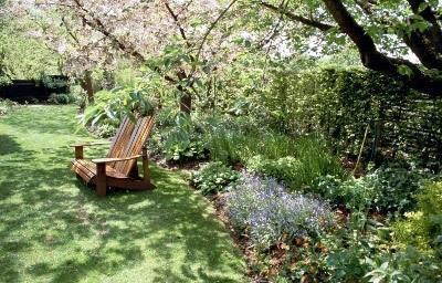 Loveseat, Barnsdale Gardens
