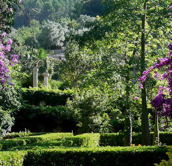 Jardines de alfabia mallorca for Jardines alfabia