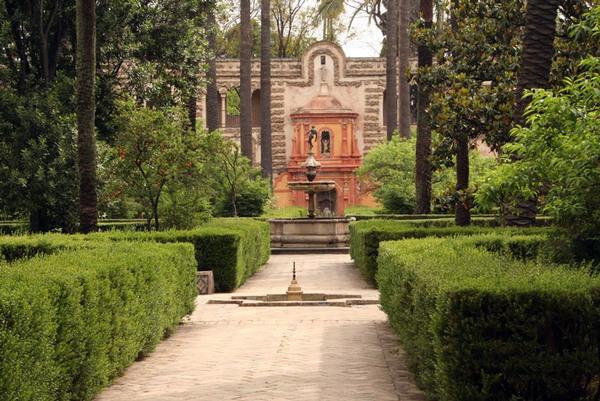 Jardines de las Reales Alcazares, May