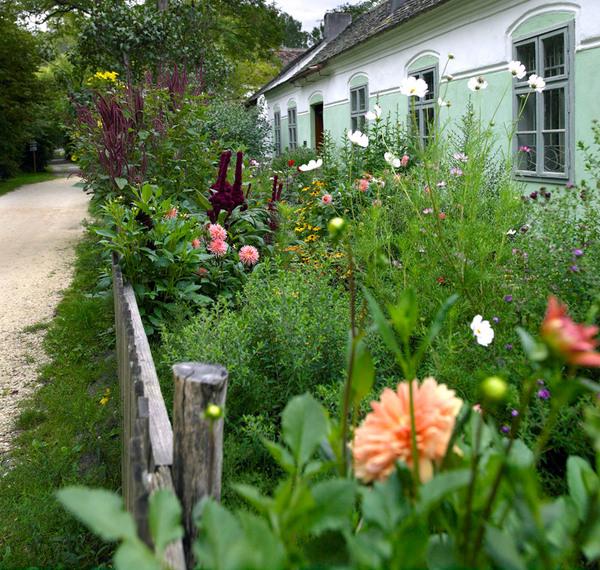 Garden at Weinviertler Museumsdorf Niedersulz