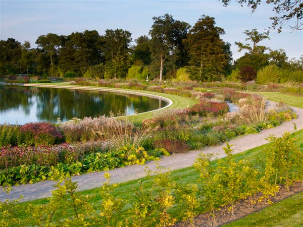 Glasshouse Lake and Borders, RHS Garden Wisley