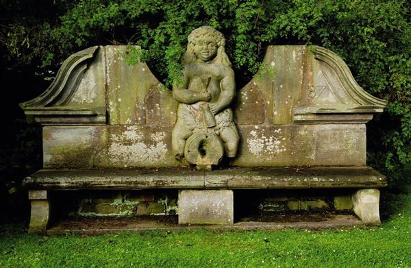 Stone Seat, Prestonfield
