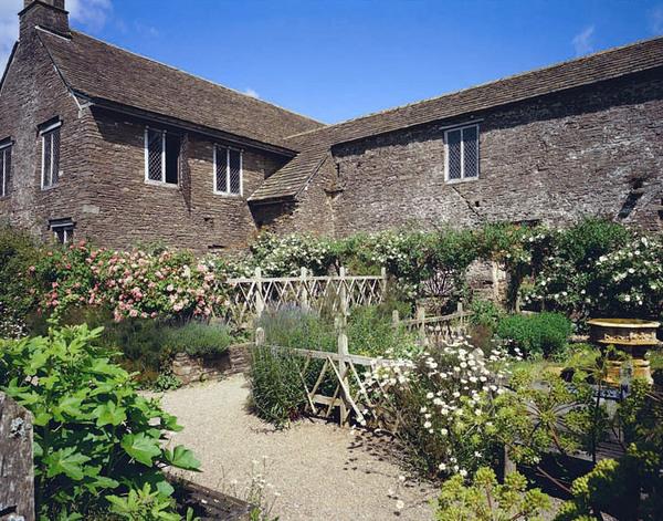 Tretower Court Garden