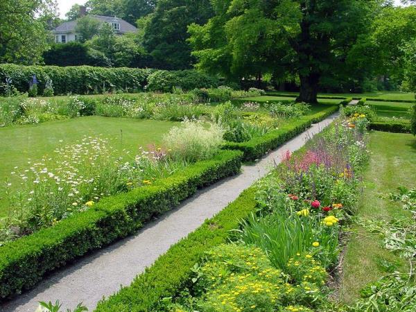 Adams National Historical Garden, Quincy