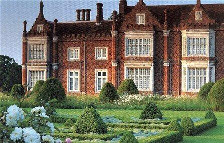 Parterre, Helmingham Hall Gardens