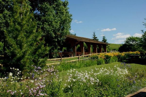 Picnic Shelter, Georgeson Botanical Garden