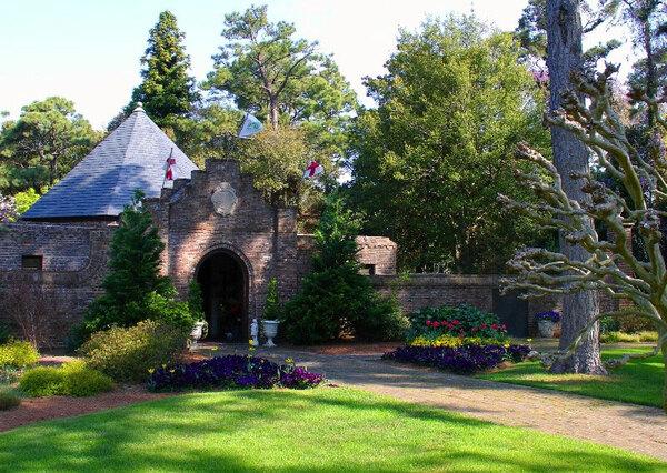 Elizabethan Gardens, Manteo