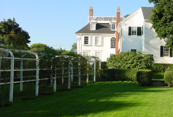 Governor John Langdon House Garden