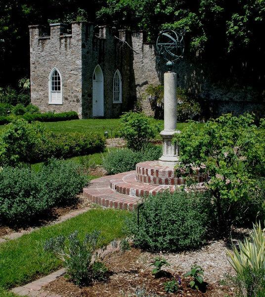 Highlands Mansion and Gardens, Fort Washington