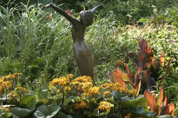 Sculpture, Borde Hill Garden