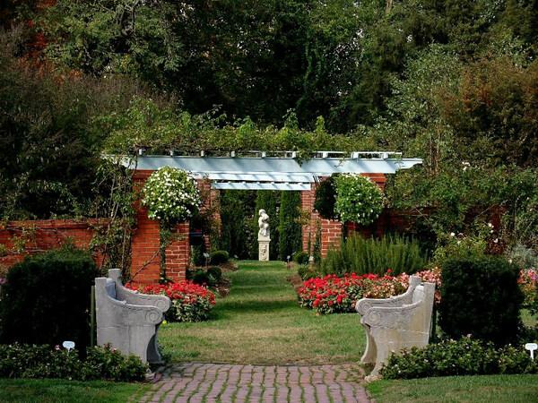 River Farm Garden, Virginia