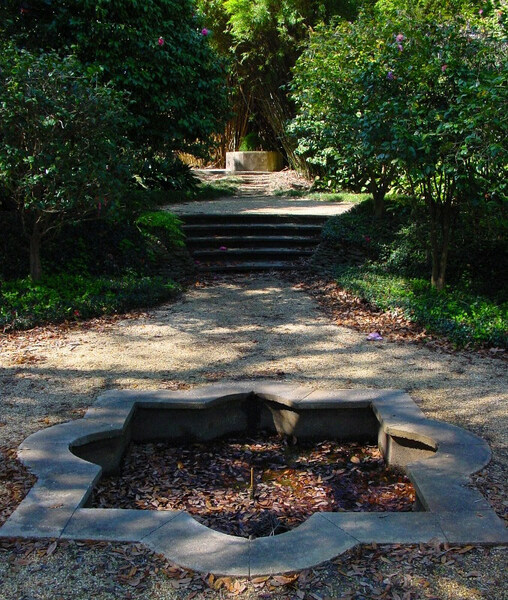 Rip Van Winkle Gardens, Louisiana