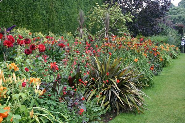 Hidcote Manor Garden, Summer