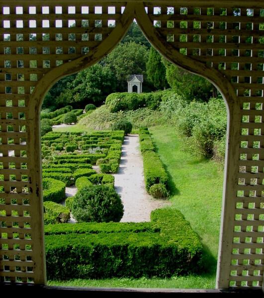 Gunston Hall Garden