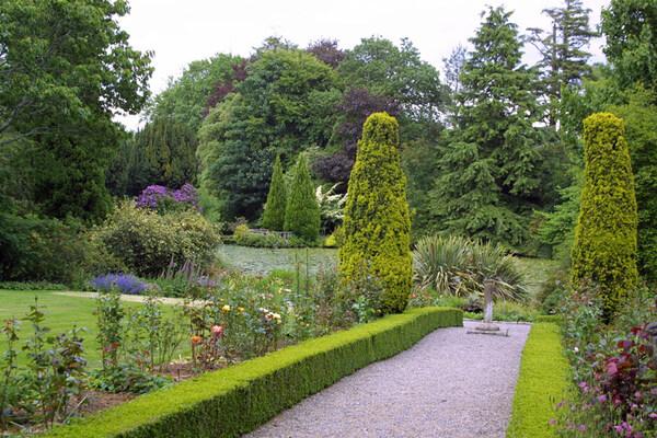 Altamont garden for Jardines romanticos