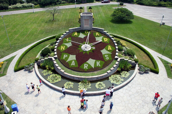 Summer 2006, Niagara Parks Floral Clock