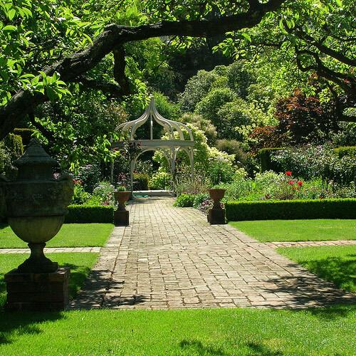 Ohinetahi Garden, New Zealand