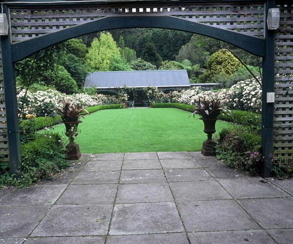 Rose Garden, Ngamamaku Garden
