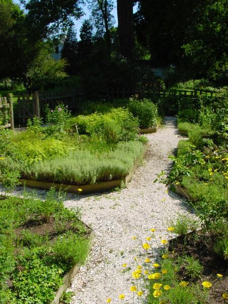 Whipple House Garden