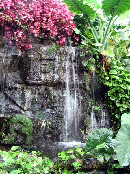 Waterfall, Quad City Garden