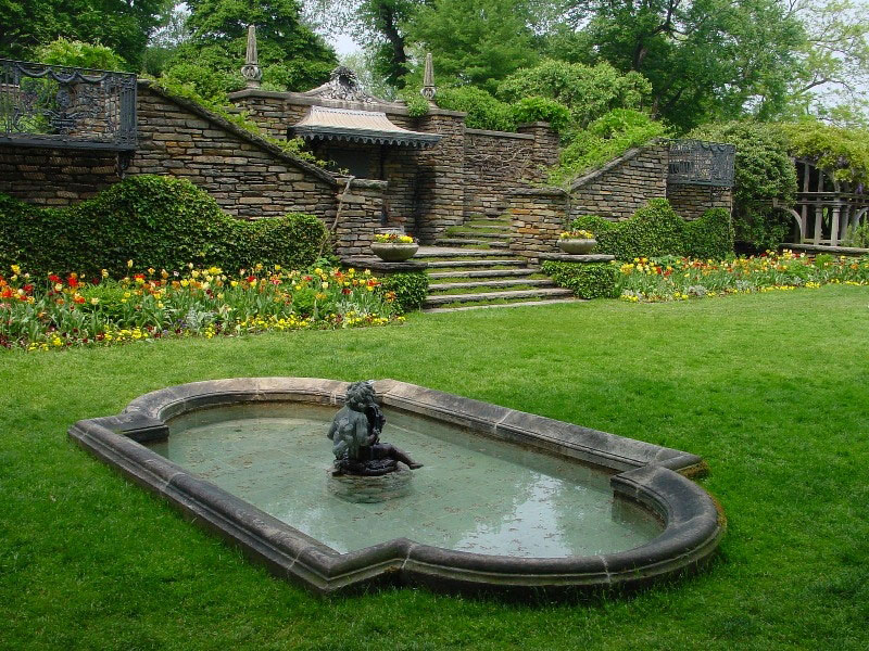 Dumbarton oaks for Garden oaks pool